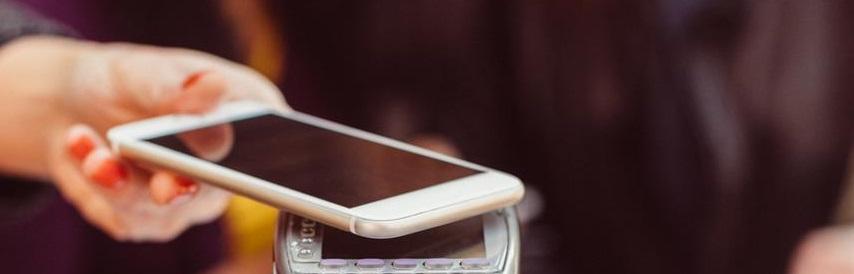 Le paiment sans contact est possible grâce au partage multi-écrans